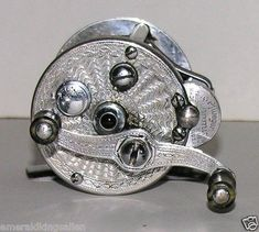 Fly Fishing Reels - Picking The Right Bass Fishing Equipment Bass Fishing Lures, Surf Fishing, Crappie Fishing, Best Fishing, Fishing Tackle, Fishing Tips, Fishing Stuff, Vintage Fishing Reels, Fishing Adventure
