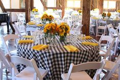 Try this bbq wedding party inspiration 100 ideas 99 Checkered Tablecloth, Sunflower Party, I Do Bbq, Barn Parties, Welcome To The Party, Wedding Table Settings, Deco Table, Anniversary Parties, 60th Anniversary
