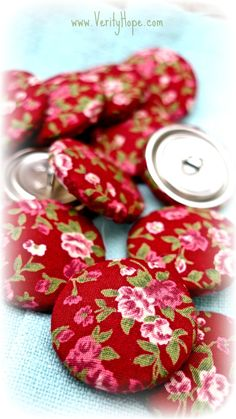 Red floral fabric covered metal buttons by VerityHope on Etsy
