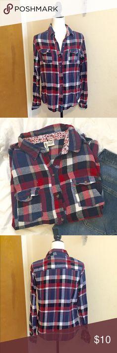 Plaid button down-collared shirt Plaid button down collared shirt   Size: Large   Colors: blue/red   Good condition Passport Tops Button Down Shirts