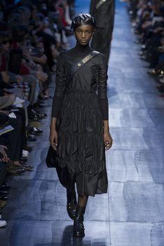 Christian Dior | Ready-to-Wear - Autumn 2017 | Look 7