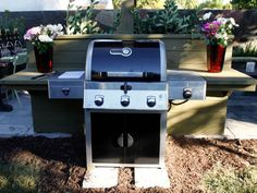 Portable outdoor kitchens help you conserve space and your budget because they go with you across the patio or across the country.