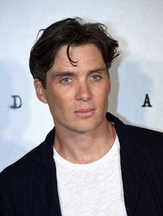 Cillian Murphy ( Zimbio )  #Anthropoid coming to Cinemas in UK and Ireland - Sept 9th https://youtu.be/zCQYxlz_We4  17 ретвитов 60 отметок «Нравится»