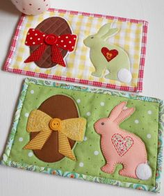 Easter Mug Rug. Need a place to rest your teacup whilst unwrapping those chocolate Easter eggs? Look no further than the Patchsmith's Easter Mug Rug pattern.