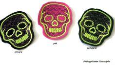 *♥gestickte gr. Applikation♥ Totenkopf-Auswahl♥   zum Aufbügeln*    Gothic-Romantik-schrill und groß ist sind die Schädel auch.     Filz-schwarz,pink,