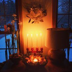 The Light Returns : Yule : Day Nine - On Bradstreet
