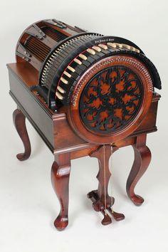 Incroyable instrument de musique : le Wheelharp!