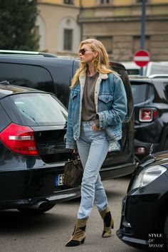 Elsa Hosk by STYLEDUMONDE Street Style Fashion Photography The Effective Pictures We Offer You About hip hop outfits for Womens Street Style A quality picture can tell you man Street Style Outfits, Street Style 2017, Model Street Style, Street Chic, Street Styles, Classy Street Style, Elsa Hosk, Looks Total Jeans, Street Style