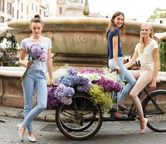 Benetton: Jeggings and jeans at a special price! Spring 2015, Spring Summer Fashion, Summer 2015, Colors Of Benetton, Fashion Show, Fashion Design, All About Fashion, My Wardrobe, Jeggings