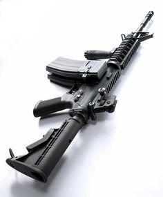 COLT M4A1 Carbine - Source: https://www.facebook.com/photo.php?fbid=407428865990297=a.406744599392057.93062.141152602617926=1
