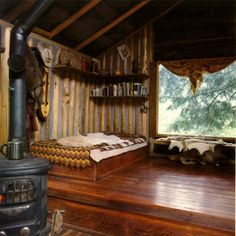 The Craftsman Builder:: log cabin + navajo + rustic charm + natural light