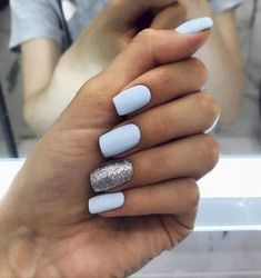 30 trendy glitter nail art design ideas for With glitter nails, brighten up your summer looks. Winter Nail Designs, Colorful Nail Designs, Simple Nail Designs, Cute Spring Nails, Spring Nail Art, Spring Art, Spring Summer, Spring Style, Summer Art