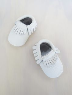 Global Baby | Global Baby Leather Moccasins White / Various Sizes , Clothes & Shoes