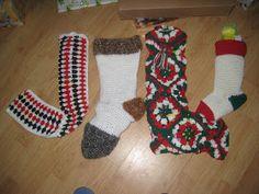 Carol Knits and Crochets: Christmas Stockings