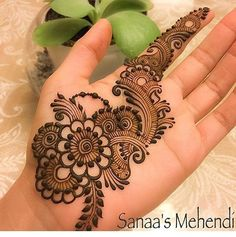 Pretty Henna Designs, Henna Tattoo Designs Simple, Full Hand Mehndi Designs, Henna Art Designs, Mehndi Designs For Beginners, Mehndi Designs For Girls, Wedding Mehndi Designs, Mehndi Designs For Fingers, Dulhan Mehndi Designs