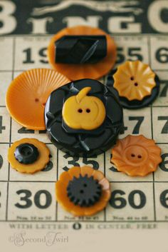 Vintage Bakelite Buttons in Butterscotch and Black for Halloween.