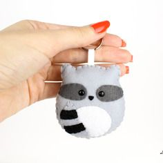 Procione portachiavi, orsetto lavatore pupazzo, accessorio in feltro, regalo di compleanno, per lui e per lei, animali feltro