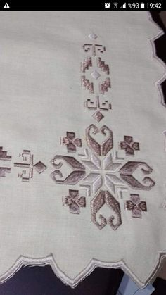 Hardanger Embroidery, Bargello, Kids Rugs, Quilts, Stitch, Collection, Decor, Tablecloths, Straight Stitch