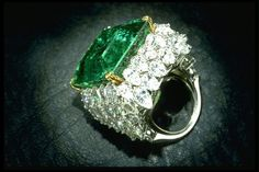 This 37.82 carat Chalk Emerald with superb clarity and deep green color is the finest Columbian gem ever found. Originally weighed 38.40 carats, the piece was a part of a diamond and emerald necklace belonged to maharani of Baroda, India. Later it was re-cut and set into a giant ring with 60 pear shaped diamonds by famous Harry Winston Inc. now a part of Smithsonian Institution, it was gifted to the museum by Mr. and Mrs. Chalk.
