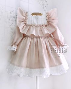 48 Ideas for baby outfits for girls birthday Cute Baby Dresses, Vintage Baby Dresses, Toddler Girl Dresses, Cute Baby Clothes, Little Girl Dresses, Baby Dress Design, Baby Girl Dress Patterns, Baby Clothes Patterns, Little Girl Fashion