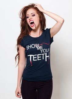 Show Me Your Teeth Tee | The Hillywood Shop
