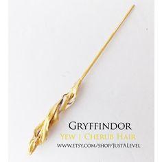 Golden Cloak Harry Potter Inspired Wand (Gryffindor)