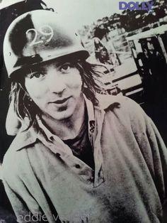 eddie vedder - so cute. Mookie Blaylock, Ed Vedder, Jeff Ament, Matt Cameron, Pearl Jam Eddie Vedder, Chris Cornell, Human Art, My People, Mtv