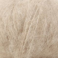 Drops Brushed Alpaca Silk Fb. 04 hellbeige