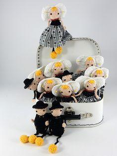 New crochet doll hair sew ideas Crochet Cap, Crochet Dolls, Irish Crochet, Amigurumi Doll, Amigurumi Patterns, Crochet Mandala Pattern, Crochet Patterns, Doll Hair, Cute Dolls