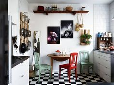 Fiatalos lakás fekete-fehérben - Lakáskultúra magazin