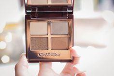 Charlotte Tilbury eyeshadow palette Golden Goddess