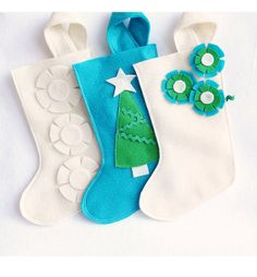 Christmas stocking in recycled felt - your choice of one : ivory, green and turquoise blue --- this etsy store has adorable designs Christmas Cake Pops, Blue Christmas, All Things Christmas, Christmas Decorations, Felt Crafts, Holiday Crafts, Holiday Ideas, Kids Christmas Stockings, Fall Birthday