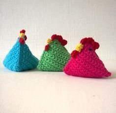 Colorful version of Beanbag Chick (crocheted by Jellina-creations. Holiday Crochet, Easter Crochet, Love Crochet, Knit Crochet, Knitting Patterns, Crochet Patterns, Crochet Chicken, Crochet Patron, Crochet Decoration