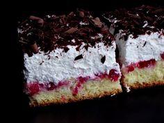 Berries cake with whipped cream cheese - Prajitura cu coacaze si crema de branza Romanian Desserts, Romanian Food, Homemade Sweets, Berry Cake, Whipped Cream Cheese, Hungarian Recipes, Love Cake, No Bake Cake, Cookie Recipes