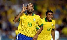 Após um quase acerto, duas negativas a negociação de Maicon com o Avaí teve um desfecho feliz, ele é o novo reforço do catarinenses para o Brasileirão.