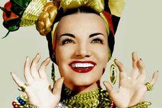 Carmen Miranda, en una de sus imágenes icónicas. Carmen Miranda, Beauty Quotes For Women, Beauty Women, Video Photography, Beauty Photography, Samba, Health Eating Plan, Salon Names, Natural Blondes