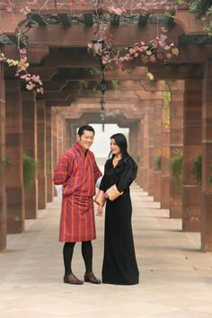 King Jigme Khesar Namgyel  and Queen Jetsun visit India Jan. 2014