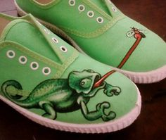 Painted Canvas Shoes, Custom Painted Shoes, Hand Painted Shoes, Painted Clothes, Custom Shoes, Crazy Shoes, Me Too Shoes, Shoe Boots, Shoes Heels