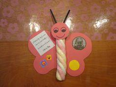 Traktatie Vlinder gemaakt van een kabelspek