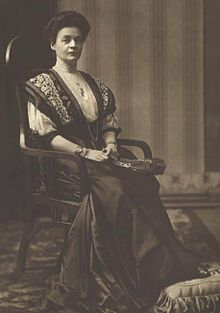 Princess Eleonore Caroline Gasparine Louise Reuss-Köstritz August 1860 – 12 September was Tsaritsa of Bulgaria and the second wife of Tsar Ferdinand of Bulgaria. My Heritage, Ferdinand, Bulgarian, Ways Of Seeing, Professional Photographer, Royalty, Poster, Image, Queens