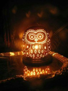 Owl Gourd Lamp by TheGoldenGourd on Etsy - make a hanging gourd lantern for backyard Happy Halloween, Halloween Party Decor, Holidays Halloween, Halloween Crafts, Halloween 2016, Cute Pumpkin Carving, Carving Pumpkins, Pumpkin Carving Patterns, Creative Pumpkins