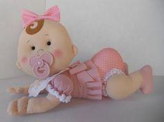 Boneca Bebê em Feltro - faça você mesmo esse lindo bebê em feltro! Molde em tamanho natural, basta imprimir. Artesanato em Feltro