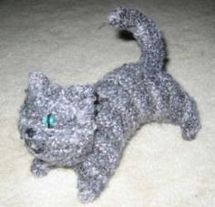 Easy kitten knitting pattern.