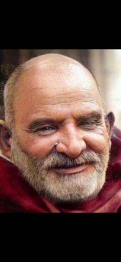 Neem Karoli Baba, Spiritual Figures, Ram Dass, Hindu Mantras, Treasure Chest, Dream Catcher, Spirituality, Hanuman, Portrait