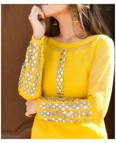Indian Fashion Dresses, Pakistani Dresses Casual, Pakistani Dress Design, Indian Designer Outfits, Pakistani Mehndi, Pakistani Suits, Modest Fashion, Sleeves Designs For Dresses, Dress Neck Designs