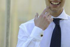 Attenti ai dettagli e alle tue richieste per rendere la tua camicia unica e come tu la vuoi!  Presto grandi novità in arrivo, seguiteci!  www.camiceriastefanelli.it  #Stefanelli #camicie #shirts #man #luxury #passion #fashion #style #elegance #bespoke #tailoredshirts #madeinitaly #Firenze #details #original