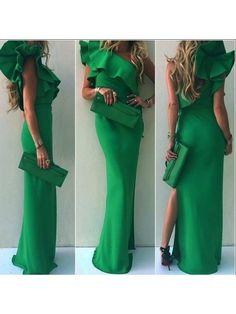Rochie lunga verde pe un umar cu volan Esmeralda