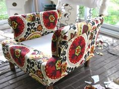 How to Re-upholster... FINALLY a tutorial!!