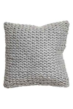 Chunky-knit cushion cover