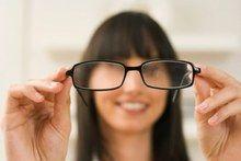 Choisir des lunettes de vue et de soleil selon votre visage